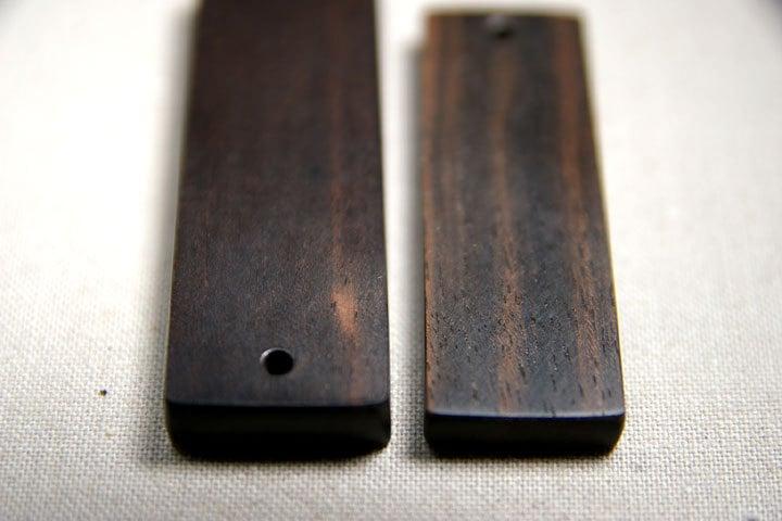 -まぐろと縞黒檀の素材比較色